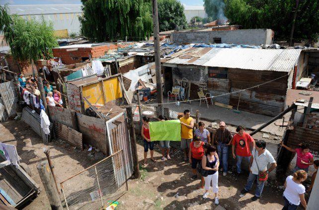 Pedido. Hay familias que viven en ese predio desde hace 40 años.