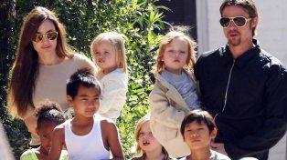Brad Pitt se reencontró con sus hijos a tres semanas de que Angelina le pidió el divorcio
