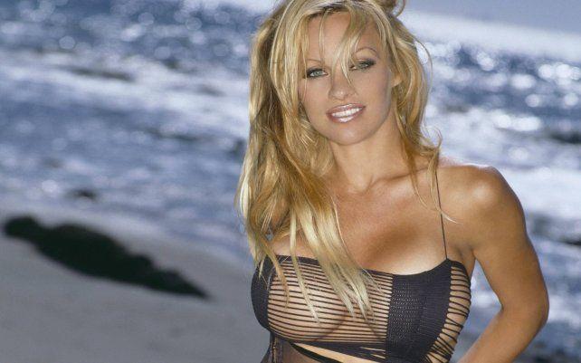 Pamela Anderson se expresó contra la pornografía y propone una cosa mejor que el sexo