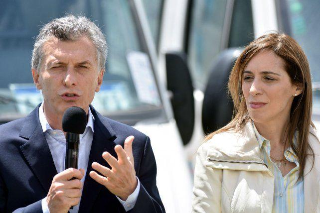 El presidente Mauricio Macri junto a la gobernadora de Buenos Aires