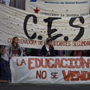 Rechazo. Organizaciones estudiantiles locales se manifestaron ayer en contra de esta iniciativa nacional.