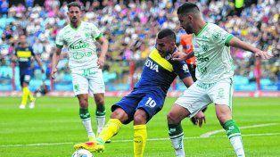 De a ratos. Tevez volvió tras la suspensión y rindió como todo Boca: en cuentagotas.