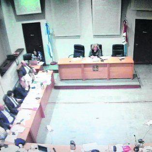 Audiencia. Abogados y Fiscales. Al frente, la jueza Mónica Lamperti.