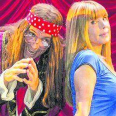 Bien de acá. Bossi, como El Manosanta, de Olmedo, y Adriana Brodsky.