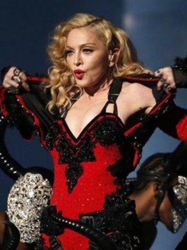 Madonna prometió hacer sexo oral a quienes voten por Hillary Clinton