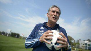 Edgardo Bauza, entrenador del seleccionado argentino de fútbol que está en zona de repechaje en las Eliminatorias.
