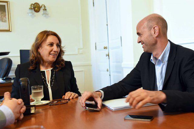 La intendenta Fein junto al ministro de Transporte