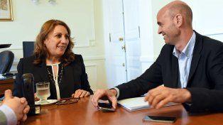 La intendenta Fein junto al ministro de Transporte, Guillermo Dietrich. (Fotos: Marcelo Beltrame / Municipalidad de Rosario)