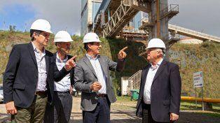 Peña, Dietrich y Lifschitz recorrieron las instalaciones de Cofco junto a directivos locales del gigante chino.
