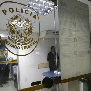 Sin pausa. Las pesquisas en las oficinas de la policía legislativa del Congreso brasileño.
