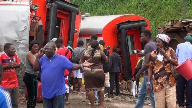 Al menos 75 muertos y 600 heridos en un accidente ferroviario en Camerún