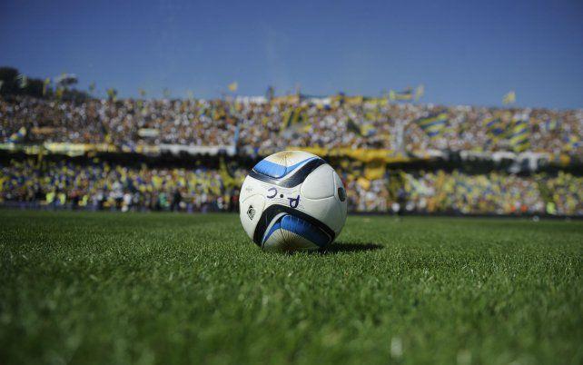 La pelota empezará a rodar a partir de las 16 por un césped regado de pasión.