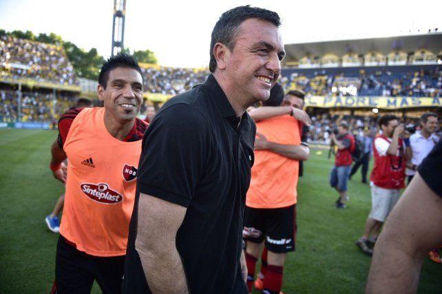La felicidad de Osella se dibuja en el rostro de entrenador.