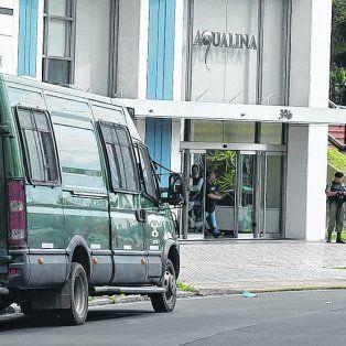 Aqualina. La torre donde fue detenido Lelo Pérez, También tiene según el fiscal una casa en Funes, autos de alta gama y dos locales en avenida Pellegrini.