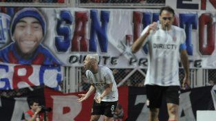 El Pincha ratificó su liderazgo: le ganó 2 a 1 a San Lorenzo en el Nuevo Gasómetro