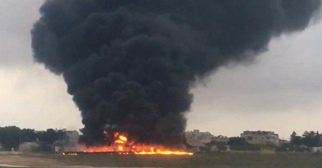 El avión cayó al vacio en una zona cercana al aeropuerto de  Luqa