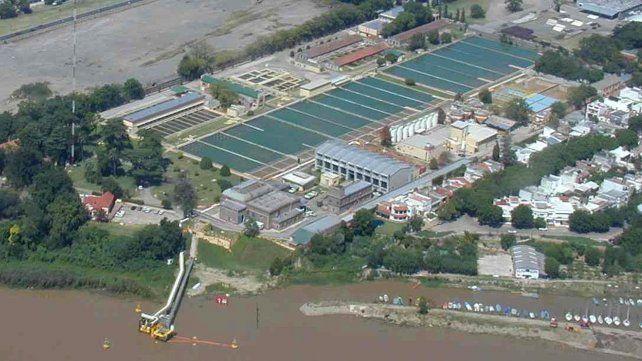 No tenemos presencia de elementos en el río frente a Rosario, pero estamos en alerta