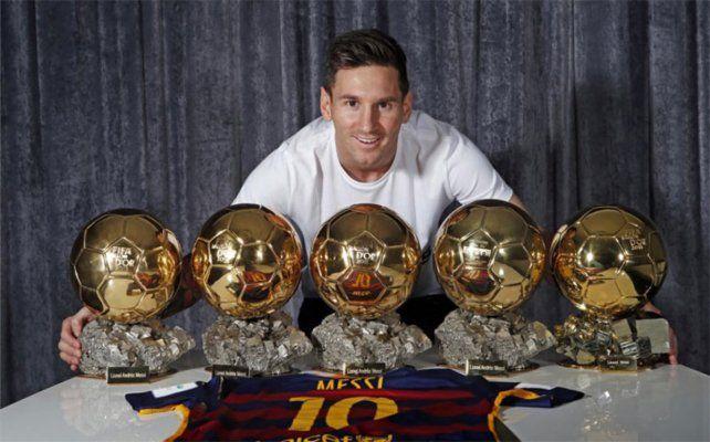 Lionel Messi fue nominado por décimo año consecutivo al Balón de Oro al mejor futbolista del año.