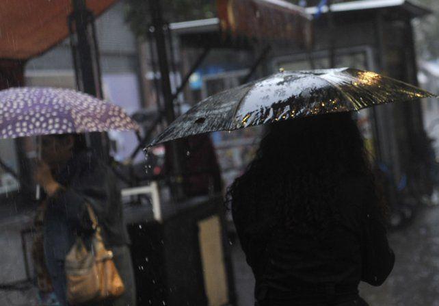 Alertas por tormentas intensas y fuertes en 15 provincias