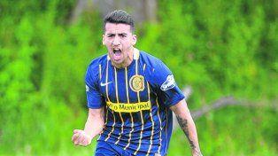 Triunfo contundente. Rodrigo Migone festeja su gol ante Newells
