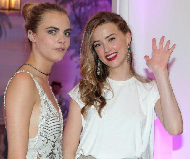 Cara Delevingne y Amber Heard... ¿algo mas que amigas ?