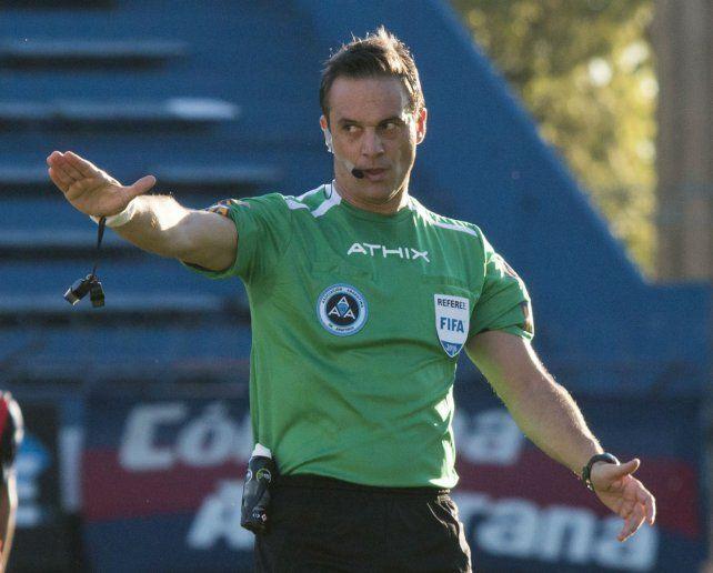 Señor juez. Loustau dirigirá el encuentro entre xeneizes y canallas por Copa Argentina.