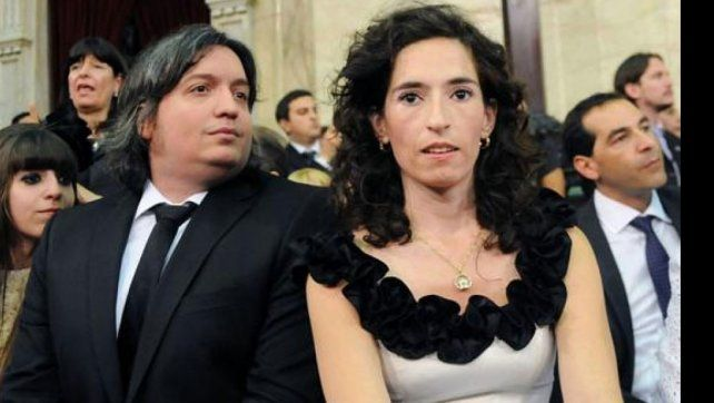 Maximo Kirchner y su esposa
