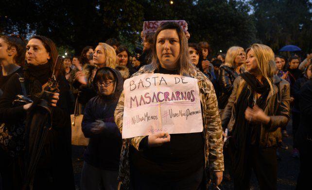 Ni una menos. Miles de rosarinas y rosarinos marcharon contra el femicidio.