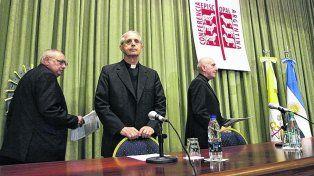 Sotanas. La Conferencia Episcopal hizo el anuncio y destacó el rol del Papa Francisco para divulgar los datos.