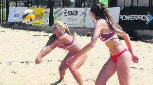 Vóley de playa: la arena del balneario La Florida convocó gente de todos lados
