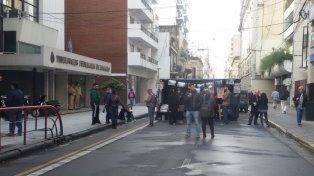 La vigilia se realiza frente a Tribunales federales de calle Entre Ríos.