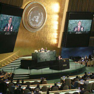 La embajadora estadounidense explicó que el embargo no está funcionando, pese a que no comparte las políticas que se practucan en la isla.