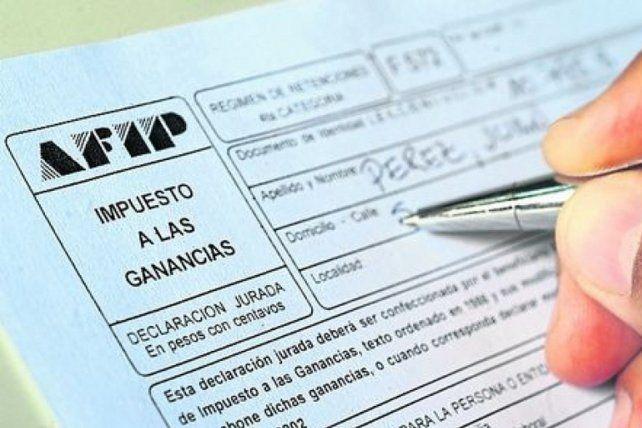 Piden un bono para empleados del Estado provincial afectados que pagan Ganancias