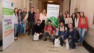 Becarios santafesinos expusieron sus proyectos en Encuentro de Jóvenes Investigadores