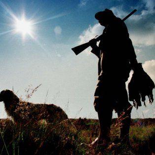 A partir de la aparición de fotos de famosos cazando animales salvajes, se reabrió la discusión sobre la existencia de los coto de caza en el norte de Santa Fe.