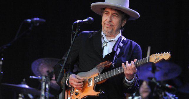Bob Dylan aceptó oficialmente el Premio Nobel de Literatura.