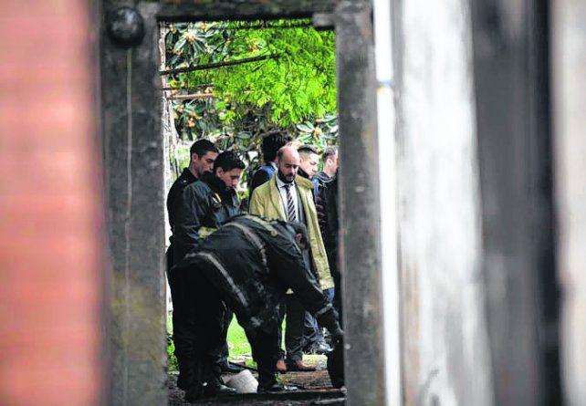 En el patio. El cuerpo de Orlando Zaya apareció en un pozo de su casa.