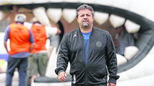 Caruso Lombardi. El DT del Globo considera que ante Central será un partido abierto e intenso.