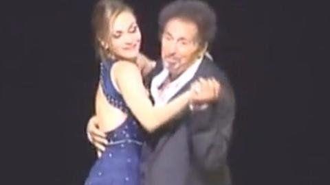 Pacino en el Colón. Hubo un homenaje a la recordada escena de Perfume de mujer