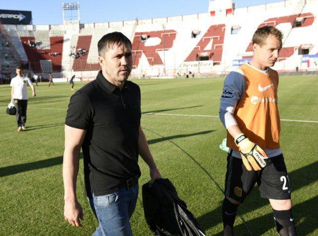 Coudet junto al Ruso Rodríguez en el estadio de Huracán.