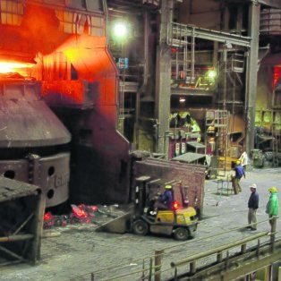 Al acecho. La producción siderúrgica china representa el 50% del total mundial, y ese peso relativo es gravitante para el mercado.