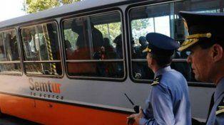 Agentes en custodia. La decisión se tomó en el marco de los encuentros entre los choferes, el municipio y el Ministerio de Seguridad.