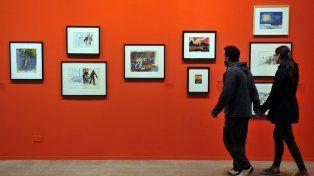Mucho para mirar. Las salas de paredes rojas del museo porteño ofrecen 220 obras de Antonio Berni.