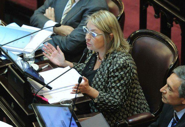 Puntana. La senadora por San Luis criticó la posición de los empresarios.