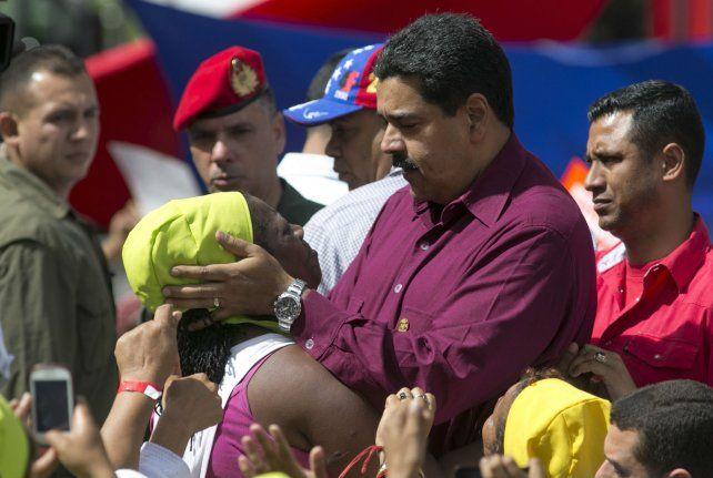 Tensión social. Maduro mantiene un duro enfrentamiento con la MUD.