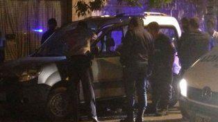 La escena. La Renault Kangoo de Vázquez atacada