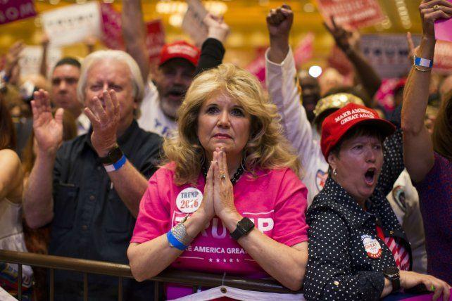 Seguidores de Trump ayer