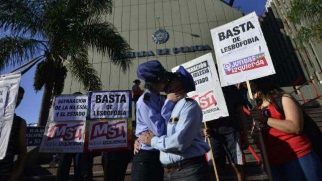 Las manifestantes organizaron la movida en contra de la lesbofobia.
