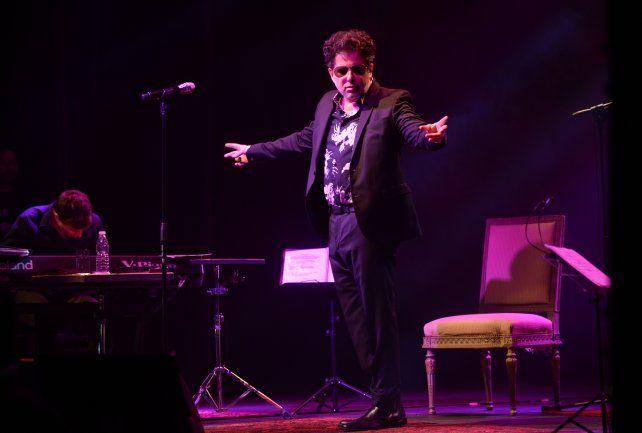 El Salmón deslumbró con un show acústico en el Broadway.