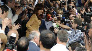 Cristina denunció una persecución política para tapar el desastre económico y social del país